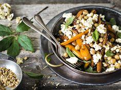 Dukkahilla maustettu vegesalaatti |Resepti