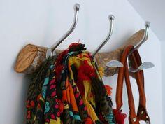 Porte-manteaux en branche d'olivier