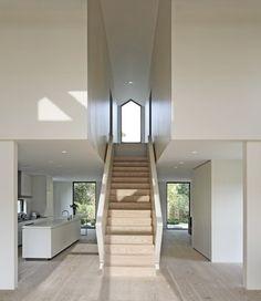 Modern Home Grey Hardwood Floors Design, Pictures, Remodel, Decor and Ideas Minimalist Interior, Modern Interior, Interior Architecture, Interior Design, Minimalist House, Interior Stairs, Minimalist Bedroom, Floor Design, House Design