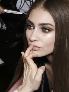 Sexy smokey eyes @ Versace Haute Couture s/s 2014