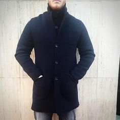 #AlphaStudio long merinos wool knitwear coat.. Get ready for a freezing day!  #fw2015 #knitwear #outfit #outfitoftheday #Monday #mondaymood #mondayoutfit #menstyle #menswear #mensfashion #fashion #merinos #wool #navyblue #color #winter #florence #style #stylish
