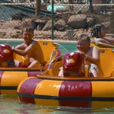 Shipwreck Lagoon Bumper Boats at Wild Water West  | Visit Sioux Falls