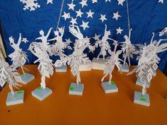 Hanukkah, Activities For Kids, Snow, Wreaths, Home Decor, Decoration Home, Door Wreaths, Room Decor, Children Activities