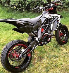 best ideas for ktm dirt bike mud Moto Ktm, Moto Bike, Motorcycle Bike, Motorcycle Quotes, Triumph Motorcycles, Custom Motorcycles, Custom Bikes, Custom Baggers, Vintage Motorcycles