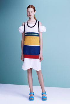 Jil Sander Navy Spring 2016 Ready-to-Wear Fashion Show