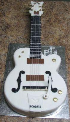 guitar cake..
