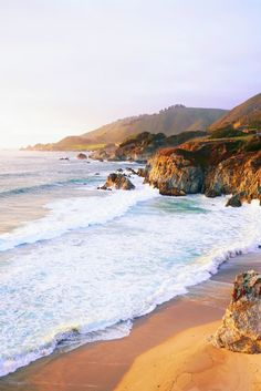 Travel Discover Best Spots for Big Sur Sunset (& Things to Do!) A Couple Cooks Looking for things to do in Big Sur California? Heres how to find the best Big Sur sunsets beaches restaurants and more. Big Sur California, California Dreamin', Sunset Beach California, Ponte Golden Gate, The Places Youll Go, Places To Go, The Plan, Carmel By The Sea, Best Sunset