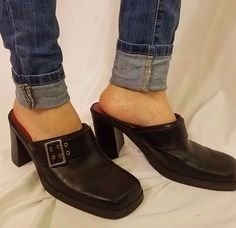 Tommy Hilfiger 10M black 90s VTG clunky heel closed toe foot buckle shoe #TommyHilfiger #chunkykeels #Everyday