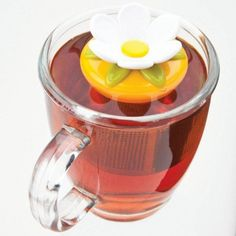 Steep your favourite loose leaf tea with a Sevy Pekoe Floating Tea Infuser. This attractive infuser floats in your tea cup or mug, infusing your hot water quickly and evenly.