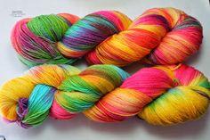 Stricklilly's Seite: handgefärbte Wolle Die beste und schönste Wolle für mich.