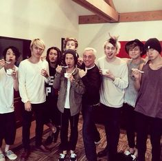 One Ok Rock and 5SOS :D