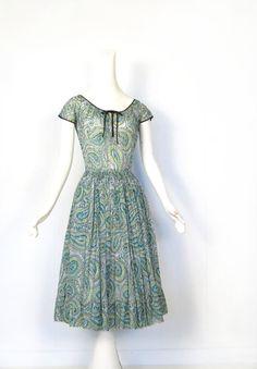 Claire McCardell Dress / Vintage 1950s Dress / 50s Dress / Green Paisley / Bohemian Dress / XS