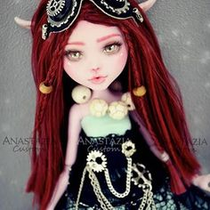 Roxane.  Thank you @elena_for_dolls for the outfit .  This doll is for sale, please send me a private message if you are interested.  #monsterhigh #monsterhighdoll #monsterhighdolls #ooak #monsterhighooak #doll #dolls #custom #customized #barbie #ooakdoll #faceup #makeup #art #artist #repaint #customizeddoll #cute #kawaii #steampunk #magic #elf