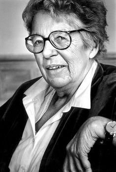 Portret van Annie M.G. Schmidt in 1988. Foto Vincent Mentzel.