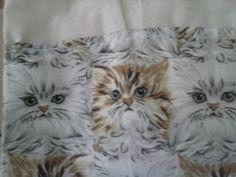 """Detalhe para estampa da bolsa """"Gatos Fofos"""""""