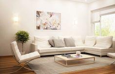В малогабаритных квартирах гостиная обычно совмещает функции нескольких комнат, а элементы отделки быстро изнашиваются. Мы расскажем, как с минимальными усилиями и затратами обновить вид этой комнаты