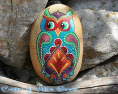 Roller hand painted frog / Hand painted pebble by GaiaCreationFR