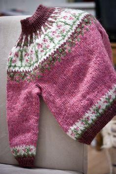 Linnéa - PATTERN for Icelandic lopapeysa (wool sweater) / kids knitted létt-lopi cardigan circular yoke flower symmetrical twinflower girl - Fair Isle knitting - Geothermal Energy Baby Sweater Knitting Pattern, Fair Isle Knitting Patterns, Arm Knitting, Knitting For Kids, Knitting Designs, Icelandic Sweaters, Wool Sweaters, Crochet Woman, Knit Crochet
