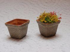 Dollhouse ceramic  pots  tiny cracklé pots by miniaturesforever, $12.00