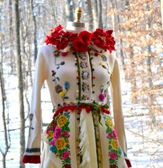 Sweater coat with felted flowers. Corset style. von amberstudios, $550.00