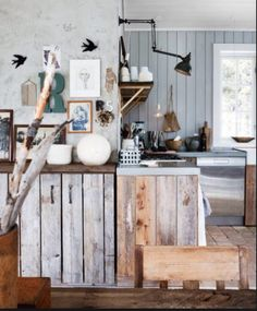 Pallet Kitchen Furniture DIY Projects Pallet Furniture Ideas Within Barnwood Kitchen Island Style Ideas Decor In Your Home Rustic Kitchen, Kitchen Decor, Kitchen Ideas, Pantry Ideas, Wooden Kitchen, Decorating Kitchen, Reclaimed Kitchen, Kitchen White, Diy Kitchen