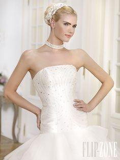 Bridal Closet, Net Fashion, Plus Size Wedding, Wedding Colors, Ready To Wear, Dresses 2014, Bride, Wedding Dresses, Affair
