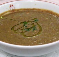 Supa de linte cu legume – 3 retete simple Delicious Food, Love Food, Crockpot, Slow Cooker, Ethnic Recipes, Yummy Food, Crock Pot, Crock Pot, Crock