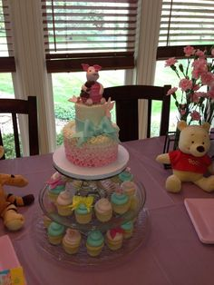 Piglet cake for Winnie the Pooh birthday party. By 3 Women and an Oven.   http://3womendesserts.com/