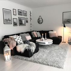 23 Ideas living room sectional apartment pillows for 2019 Living Room Decor Cozy, Living Room On A Budget, Living Room Grey, Home Living Room, Living Room Designs, Black White And Grey Living Room, Black Living Room Furniture, Pictures For Living Room, Earthy Living Room