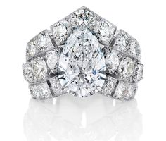 De Beers Frost Diamond ring