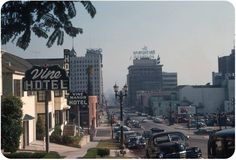 Vine Manor Hotel, Hollywood, CA - Looking south down Vine St. towards Hollywood on a hazy day in August The intersection is Yucca St., and although the Hotel is now gone, the red streamlined building just behind the Vine Manor sign still. Hollywood Hotel, Hollywood Boulevard, Garden Of Allah, Los Angeles Hollywood, San Fernando Valley, Living In La, Los Angeles Area, Nice View, Seattle Skyline