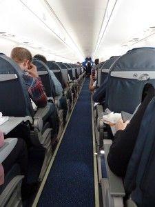 Aeronaves deverão ter duas poltronas reservadas para idosos. viajardegraca.net