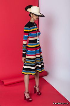 Tracy Reese Resort 2017 Fashion Show Fashion 2017, Love Fashion, High Fashion, Winter Fashion, Fashion Show, Womens Fashion, Fashion Design, Fashion Trends, Tracy Reese