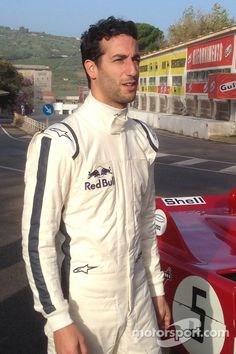 Our Collection of Photos Features Ferrari, Mercedes AMG Petronas, Red Bull, Toro Rosso, Force India and more. Ricciardo F1, Daniel Ricciardo, Jeep Wrangler Tj, Red Bull Racing, Thing 1, F1 Drivers, Pictures Of People, F 1, Sport Man