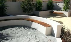 Covered garden seating area benches 21 Ideas for 2019 Curved Patio, Curved Bench, Curved Walls, Small Patio, Cozy Backyard, Backyard Seating, Outdoor Seating Areas, Garden Seating, Garden Benches