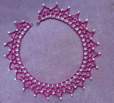 Free pattern for pretty beaded necklace Junona Click to get book about Beading
