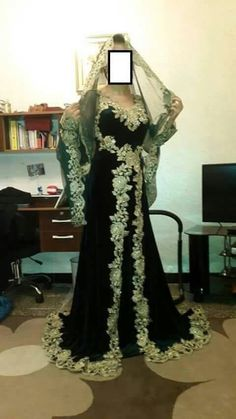 Fa High Fashion, Womens Fashion, Indian Couture, Mode Hijab, Moroccan Style, Indian Wear, Traditional Outfits, Kebaya, Gowns