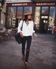WEBSTA @ city_fashion_blogger - Via @i__am_fashion 😻 @andicsinger 📸...#hat #style #styles #styleoftheday #whiteshirt #shirt #blackjeans #ankleboots #ootd #outfit #outwear #wearing #wiwt #todaystyle #citygirl #citystyle #fashionstyle #fashionwear #wear #cityfashionblogger
