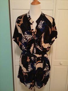 Lane Bryant 22/24 Plus Size Shirt V Neck Short Sleeve Printed Belted Top