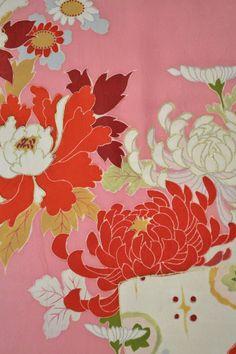 VINTAGE SILK KIMONO FABRIC:Handpaint Tree Peony/Chrysanthemum@Z66