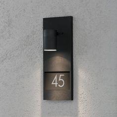Modena vegglampe ink husnummer - svart - Utebelysning vegg opp og ned. Fra Konstsmide
