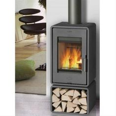 Dubbelwandige Fireplace Houtkachel Design Kachel Stove Fireplace, Compact Living, Fireplace Surrounds, Interior And Exterior, Home Goods, New Homes, Home Appliances, Wood, Petra