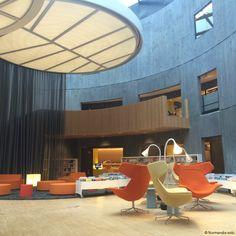 Bibliothèque Oscar-Niemeyer, au Havre. Visite en avant-première - Inaugurée lundi 2 novembre 2015, la bibliothèque Oscar-Niemeyer, au Havre (Seine-Maritime) sera ouverte au public, à partir du mardi 3 novembre. Visite en avant-première.