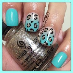 Used Aquadelic by CG, don't pretzel my buttons and I'm not a lion by CG! - @susieq1980
