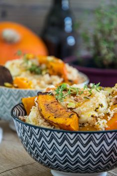 Kürbis-Couscous mit Halloumi und Pistazien Recipe for pumpkin couscous with halloumi and pistachio nuts Healthy Juice Recipes, Juicer Recipes, Healthy Recipes On A Budget, Cooking On A Budget, Halloumi, Budget Freezer Meals, Frugal Meals, Easy Meals, Inexpensive Meals