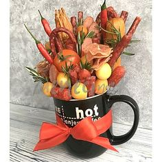 Bouquet, Fruit, Tableware, Plants, Dinnerware, Tablewares, Planters, Bouquets, Place Settings