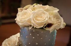 cake toper real flowers. www.heflinphotography.com