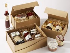 Hamper Boxes, Gift Hampers, Hamper Ideas, Diy Gift Box, Diy Box, Gift Boxes, Organic Packaging, Food Packaging, Christmas Food Hampers