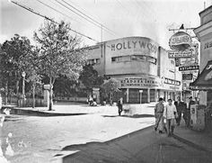 Esquina Romualda, Avenida Fuerzas Armadas, en Caracas, Venezuela. Cine Hollywood, años 1940's-1950's.