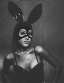"""Confira """"Dangerous Woman"""", faixa inédita de Ariana Grande #Apresentadora, #ArianaGrande, #Cantora, #M, #Morena, #Música, #Noticias, #Nova, #NovaMúsica, #Popzone, #Programa, #Rapper, #Single http://popzone.tv/2016/03/confira-dangerous-woman-faixa-inedita-de-ariana-grande.html"""